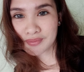 Cute mature 34-year-old milf